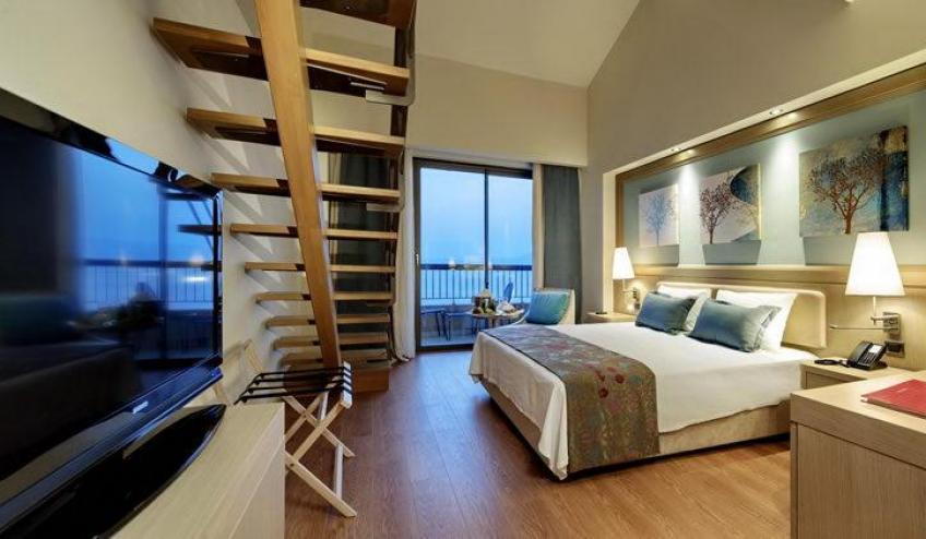 euphoria room view