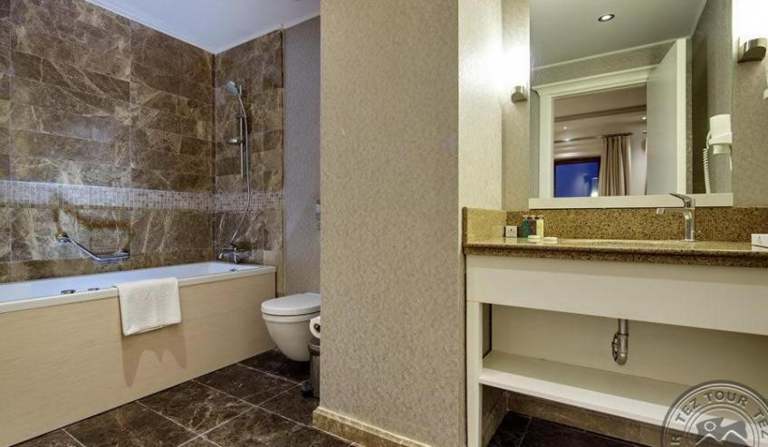 euphoria aegean bathroom