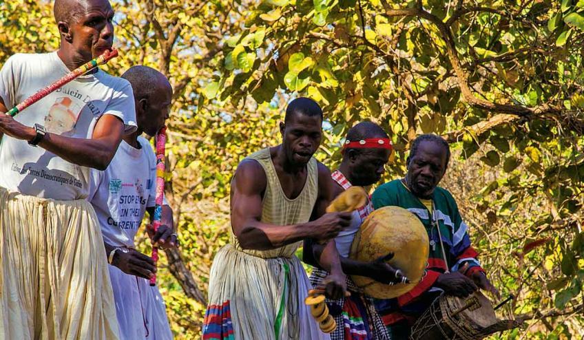 senegambia spacer z lwami 1819 58560 43629 1920x730