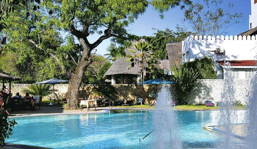 bamburi beach kenia mombasa polnocna 2878 69152 73547 1920x730