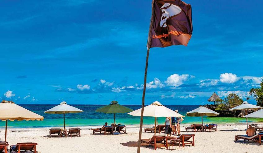 the sands at chale island kenia diani beach 2348 58784 44259 1920x730