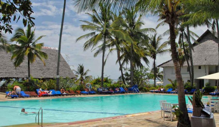 voyager beach kenia nyali 171 58533 43575 1920x730