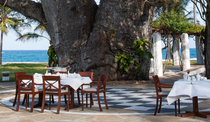 jacaranda indian ocean beach resort kenia diani beach 175 57159 48231 1920x730