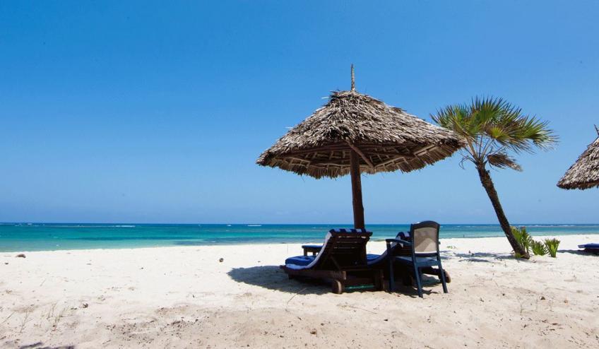 jacaranda indian ocean beach resort kenia diani beach 175 57352 48617 1920x730