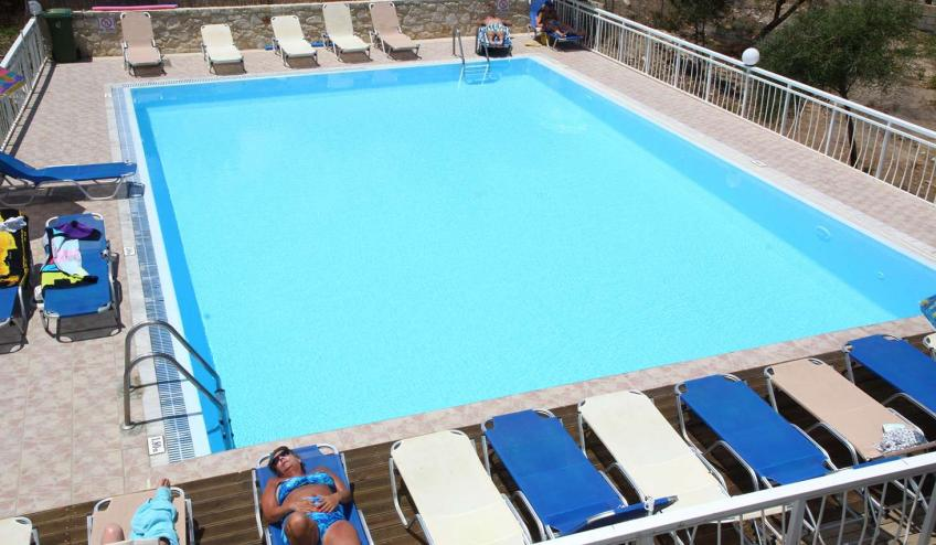 GRHACROPOL CHER swimming pool 8348