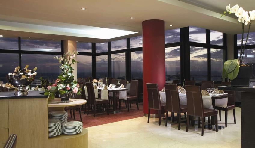 PTMRAGA FNC1 Muthu Raga Madeira Hotel Restaurant13