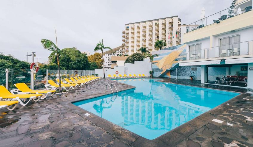 PTMRAGA FNC1 TOP Muthu Raga Madeira Hotel Pool409