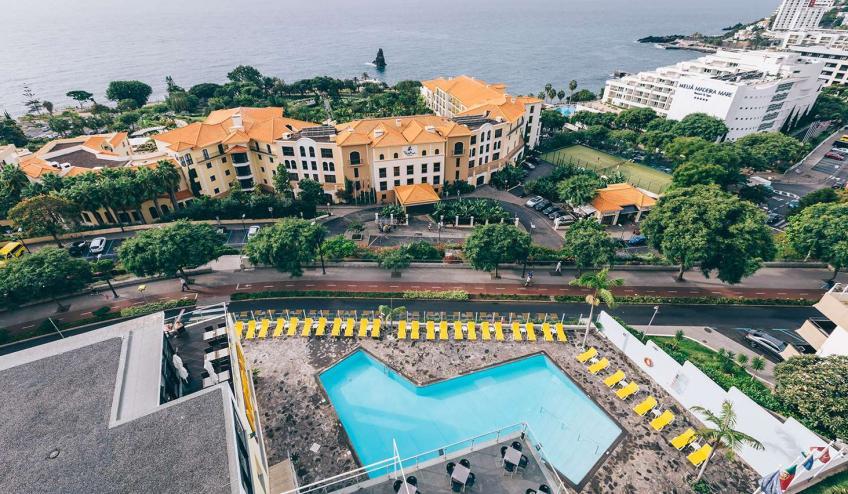 PTMRAGA FNC1 Muthu Raga Madeira Hotel Pool461