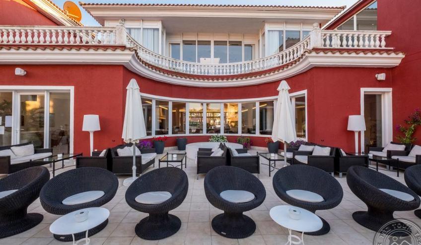 Y   Jardin de Menorca   bar 9367