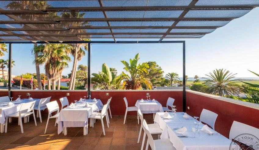 N   Jardin de Menorca   terraza restaurante 8376