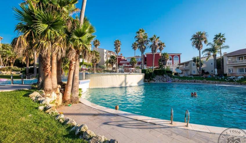 H   Jardin de Menorca   piscina 5 1051