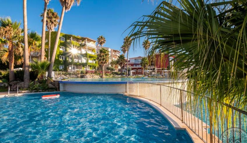 G   Jardin de Menorca   piscina 4 1899