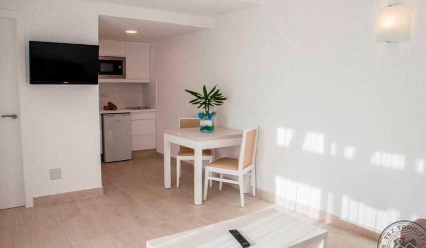 M   Menorcamar   apartamento 1 4986