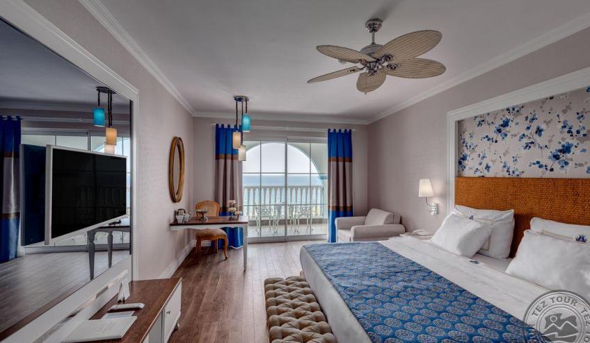 01 Deluxe Room Sea View 3933