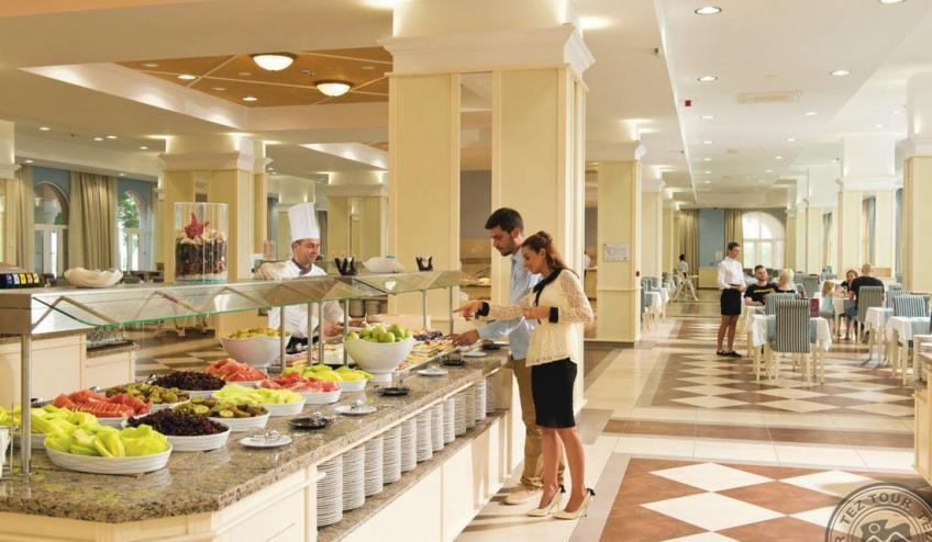 HPA 15 047   Main restaurant 6331