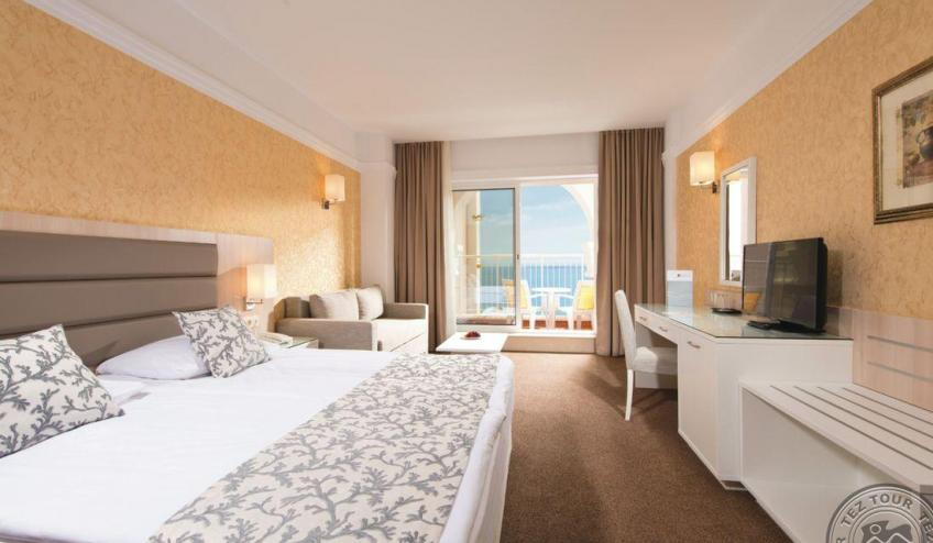 HPA 15 011   Superior double room Sea view 72