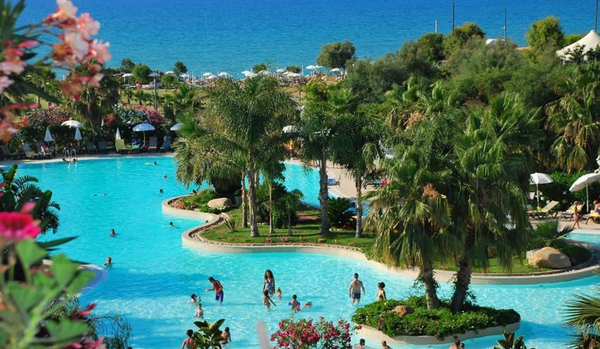 ITCACACIA CAMP panorama piscina mare Acacia Resort