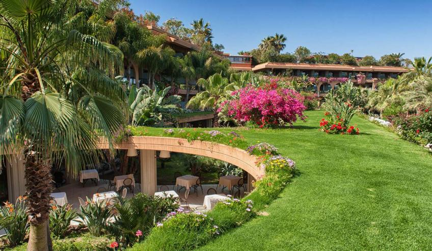 ITCACACIA CAMP giardino e porticato