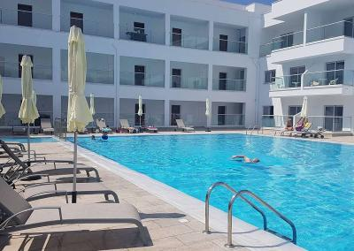 GRLEVABELL AYIA TOP Swimmingpool