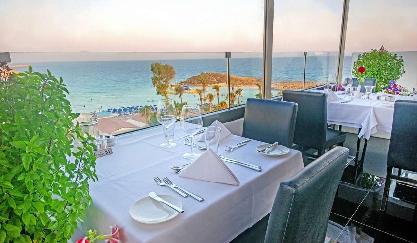 GRLADAMSBE AYIA 23  Glasshouse Lounge Restaurant