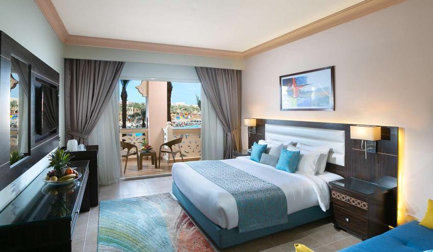 EGHALBPALA HRGR 9Standard Room Pool View 1