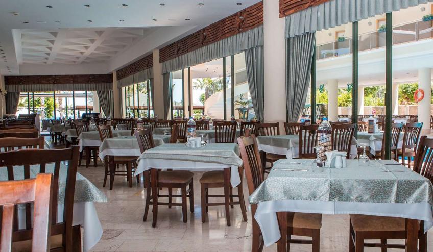 TRAPEGASOS KEMR Lancora Main Restaurant