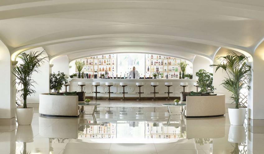 GRCGRECODA DASS 15 Kiparrisi Terrasse Bar and Salon 72dpi