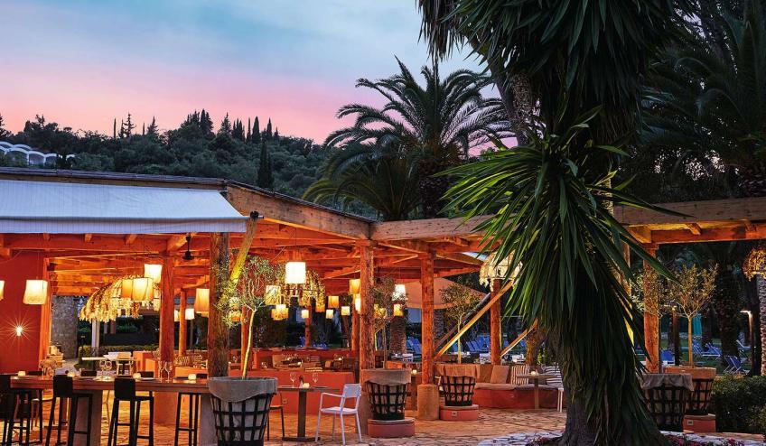 GRCGRECODA DASS Giardini di Olivo restaurant at sunset 72dpi