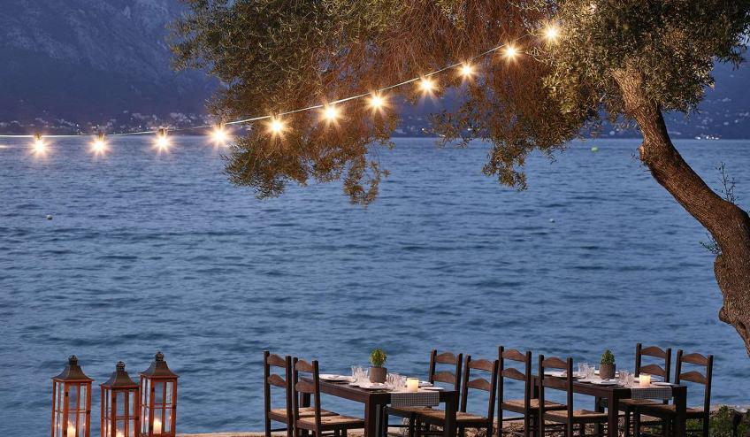 GRCGRECODA DASS tavernaki restaurant authentic greek dining 72dpi