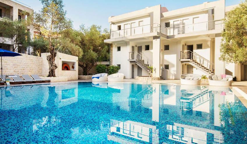 METVILEOLI PETR TOP outdoor pool 2